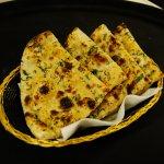 garlic and corriender naan
