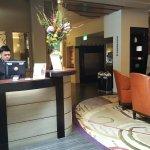 Hotel Abri Foto