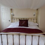 Four-poster bed in room 12