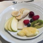 individual breakfast fruit plate