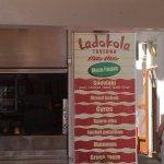 Фотография Ladokola Grill House