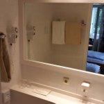 Tiny bathroom, Room 28