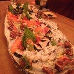 Plateau avec assortiments de sushis pour 4 personnes
