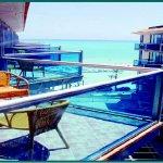 balcony_at_the_Kaktus_albir_large.jpg