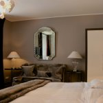 Room 107 - living corner
