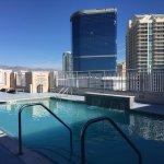 Photo de SpringHill Suites Las Vegas Convention Center