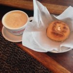 soy latte, plain bagel with veggie cream cheese