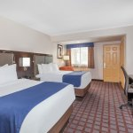 Days Inn Woodbury Long Island