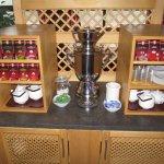 Die Teeauswahl mit Samowar