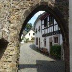 Burghaus Kronenburg Foto