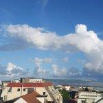 407号室のバルコニーからの眺め(伊良部大橋と伊良部島)