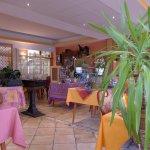 Photo de Hotel Restaurant Aux Bruyeres