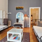 Art (Family) Apartment living room