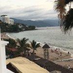 Photo de Emperador Vallarta Beachfront Hotel & Suites