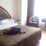 Degustando un trato en el hotel Amazonas