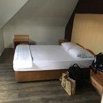 Nette kamer,je ziet duidelijk dat ze aan het vernieuwen zijn,prima hotel voor 1 of 2 nachten maa