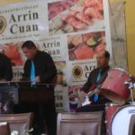 Live band makes he dining experience unique