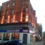 Photo de BEST WESTERN Seraphine Kensington Olympia Hotel