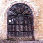 importante puerta