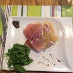 Millefeuille parmesan Jambon cru , à déguster avec les doigts.