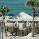 Photo de The Sandpiper Beacon Beach Resort