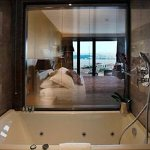 Bosphorus suite bathroom