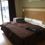Refurbished double room overlooking pool area, wet room in bathroom, lovely place to stay