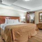 Foto de Clarion Hotel Tulsa - Broken Arrow