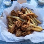 Fishbone's Fried Oyster Lunch