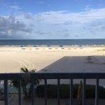 Photo de Barefoot Beach Hotel