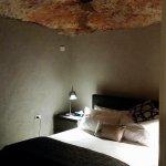Photo de The Lookout Cave Underground Motel