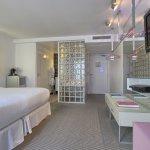 Photo de Kube Hotel