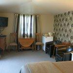 Earl & Oak, garden queen suites