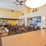 Photo of Hampton Inn & Suites Oakland Airport-Alameda