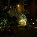 Abends im Innenhof