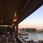 Photo de Emek Restaurant Captain's Place