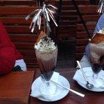 Eiskaffe auf der Terrasse des Anna Amalia