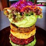 Omburger vegetarian triple stack