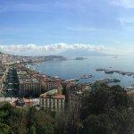 Napoli dalla terrazza di Sant'Antonio a via Orazio