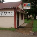 """Lorisa""""s Pizza"""