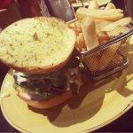 Mac n cheese Burger