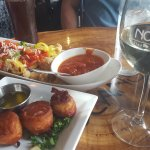 Appetizers: Calamari and Bacon wrapped scallops