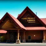 Pine Peaks Lodge and Suites Foto
