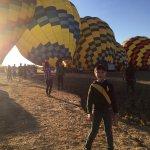 Foto de Balloons Above the Valley