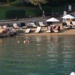 Plajın kumsal alanı, çocuklu ailelerin tercih ettikleri köşe