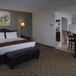 D. Hotel & Suites Foto