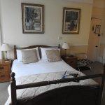 King Bed En Suite