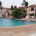 Una de las piscina de Caribean Palm,