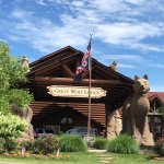 Welcoming entrance to Great Wolf Lodge