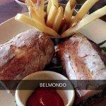 Photo of Belmondo
